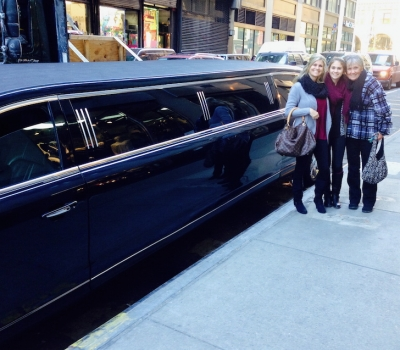 Limo Tour - luxury limo vip shopping tour
